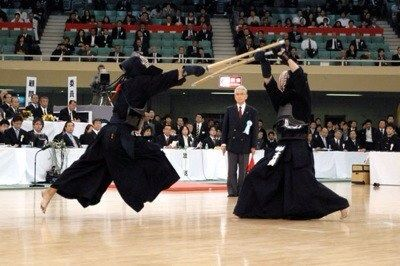 剣道の全日本って警官ばっか優勝してねwww